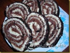бисквитный рулет, рецепт рулет, бисквитное тесто, посыпка для торта