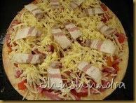итальянская пицца, пицца с беконом, рецепт приготовления пиццы, толстая основа