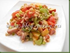 салат с сельдереем и яблоком, рецепт  салат с сельдереем, салат из сельдерея стеблевого, салат с кедровыми орешками, летние салаты рецепты с фото, цитрусовый соус, цитрусовая заправка, витаминный салат
