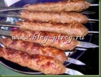 рецепт люля кебаб, кебаб с луком, турецкий кебаб, домашний кебаб, как приготовить люля кебаб, кебаб на мангале, турецкая кухня, кебаб из баранины, приготовление кебаб