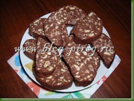 шоколадная колбаса, рецепт шоколадная колбаса, пирожное без выпечки, шоколадная колбаса из печенья, пирожное картошка из печенья, как сделать шоколадную колбасу, домашнее пирожное картошка, шоколадная колбаса со сгущенкой
