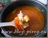 суп в мультиварке redmond, приготовление сборной солянки
