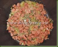 баклажаны в мультиварке, как приготовить баклажаны в мультиварке, рецепты мультиварки redmond rmc m4504, мультиварка скороварка rmc m4504, баклажаны запеченные в мультиварке, запеченные баклажаны с сыром, баклажаны фаршированные в мультиварке