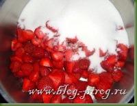 рецепты мультиварка redmond rmc m4504, мультиварка скороварка rmc m4504, клубничное варенье в мультиварке, клубничный джем в мультиварке, как сварить клубничное варенье, варенье в мультиварке redmond