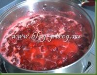 клубничное варенье пятиминутка, как приготовить клубничное варенье, как сварить клубничное варенье, как приготовить клубничный джем, клубничное варенье фото, сколько варить клубничное варенье