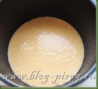 шарлотка с яблоками в мультиварке, яблочный пирог в мультиварке, рецепты мультиварка redmond rmc m4504, приготовление шарлотки, шарлотка в мультиварке редмонд, как приготовить шарлотку в мультиварке, пирог шарлотка с яблоками, шарлотка со сметаной