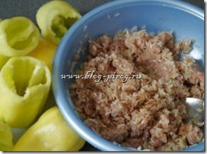 фаршированный перец в мультиварке, рецепты для мультиварки Redmond, перец фаршированный мясом, как приготовить фаршированный перец, приготовить фаршированный перец в мультиварке